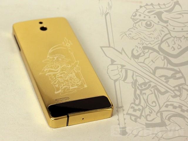 Điện thoại nokia 515 mạ vàng khắc hình tại Vina Gold Art