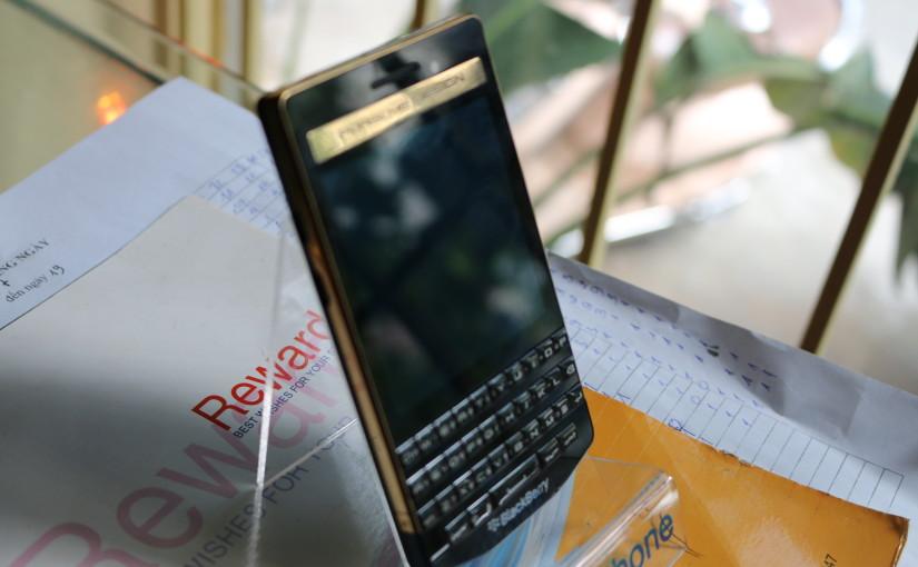 dien-thoai-blackberry-porsche-p9983-ma-vang-24k