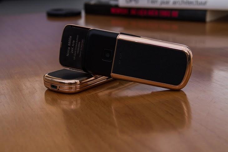 Mạ vàng hồng Nokia 8800