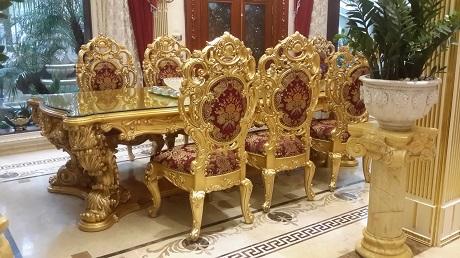 Bàn ghế mạ vàng