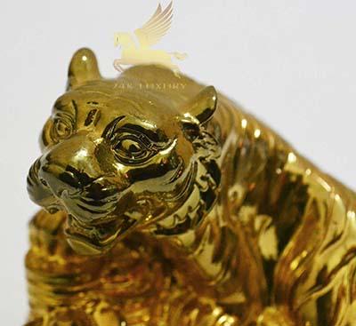tượng hổ mạ vàng