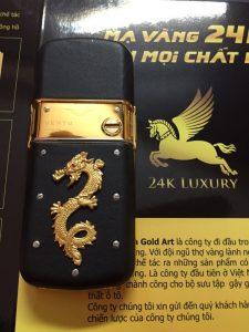 Vertu mạ vàng gắn rồng vàng nguyên khối