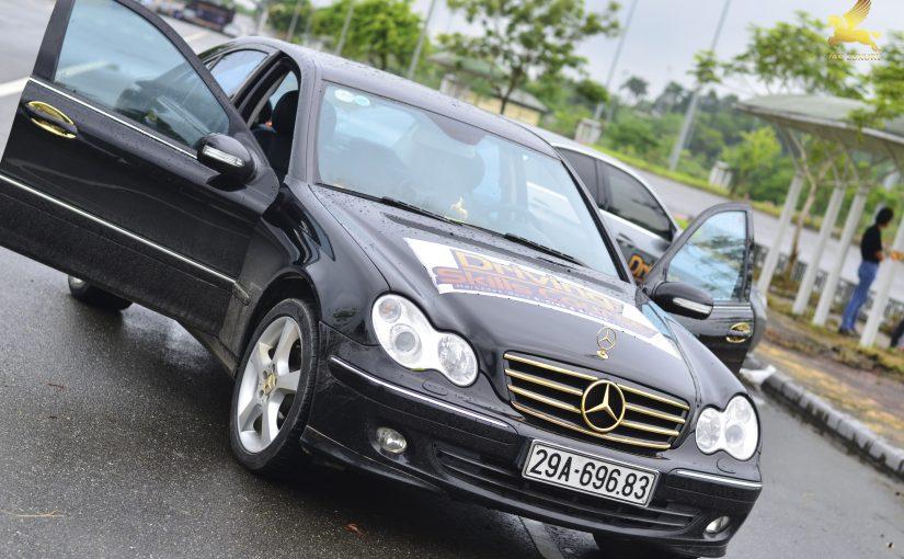 Phụ kiện ô tô mercedes mạ vàng