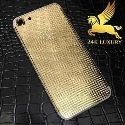iphone 7 mạ vàng 24k và đính đá