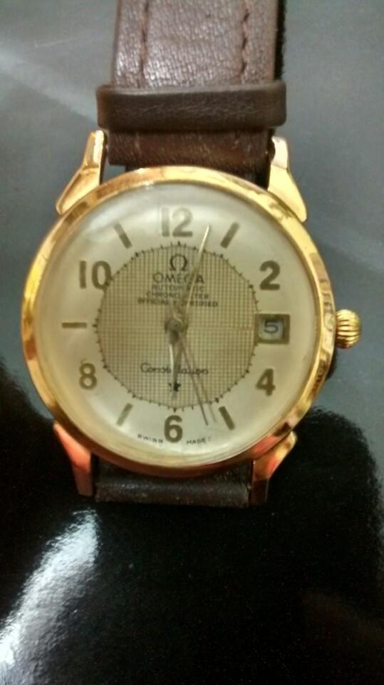 Đồng hồ thời trang mạ vàng