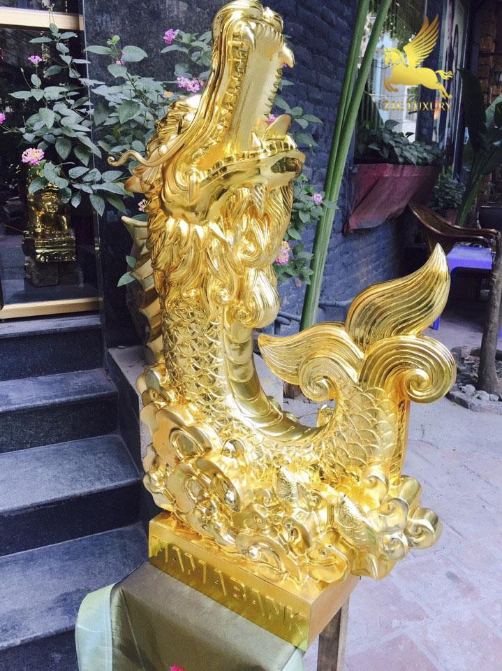Tượng Cá Chép Hoá Rồng phun vàng- vật phầm phong thuỷ mang ý nghĩa độc đáo
