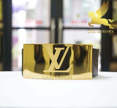 Dây lưng mạ vàng là món quà tặng Valentine ý nghĩa bạn nên lựa chọn dành cho bạn trai