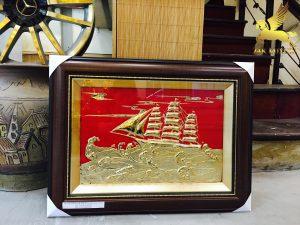 Tranh thuận buồm xuôi gió mạ vàng 9999 kích thước: 60cm x 50cm
